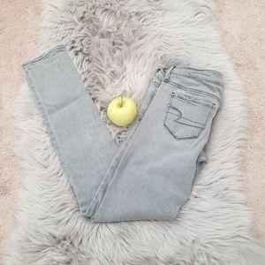 American Eagle, Women's gray Jean's, Size 2.